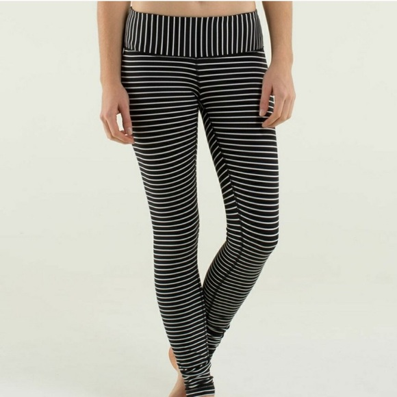0a023a43d lululemon athletica Pants - Lululemon Rare Wunder Unders Black White Striped  8